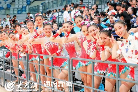 都是美女!山东这所学校啦啦操队勇夺全国比赛双冠军