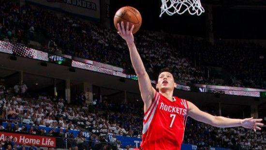 林书豪/人民网4月26日电据NBA官网消息,在火箭和雷霆的季后赛首轮第...