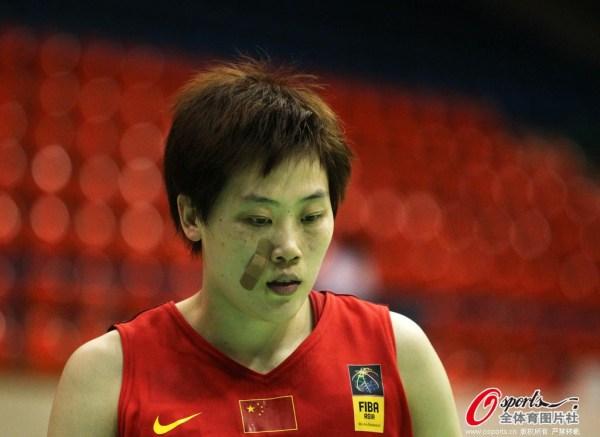 中国vs哈萨克斯坦.-亚锦赛 女篮6人上双41分胜哈萨克 两90后各16分