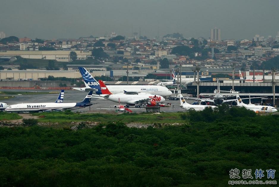 巴西旅游消费指南:中国航班无直达 四特产必买