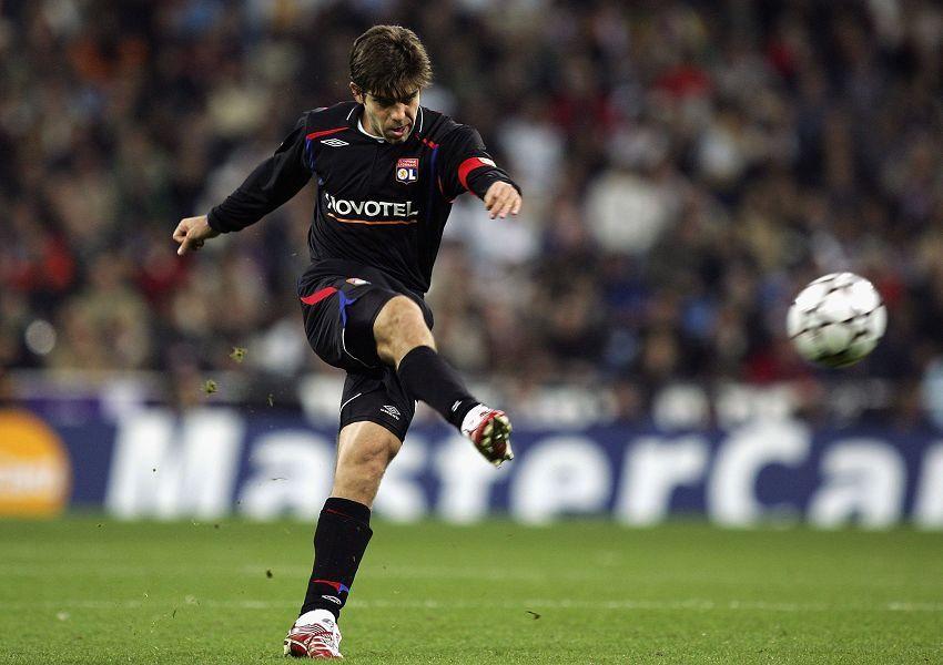 任意球大师小儒尼尼奥退役 曾助里昂夺法甲7冠