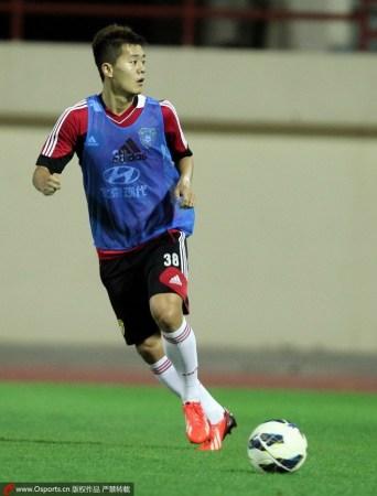 伊拉克主帅:中国很强佩兰优秀 中国足球方向正
