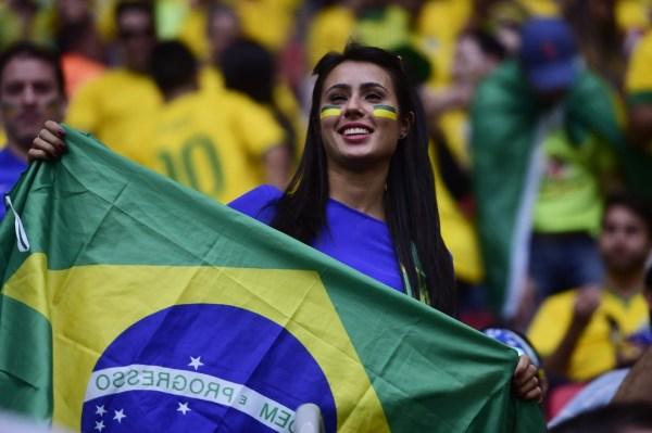 巴西的哥:中国乘客常多要发票 不聊世界杯聊姑