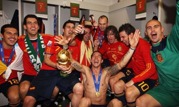 1.5万名教练贯彻传控足球成就西班牙三冠王朝