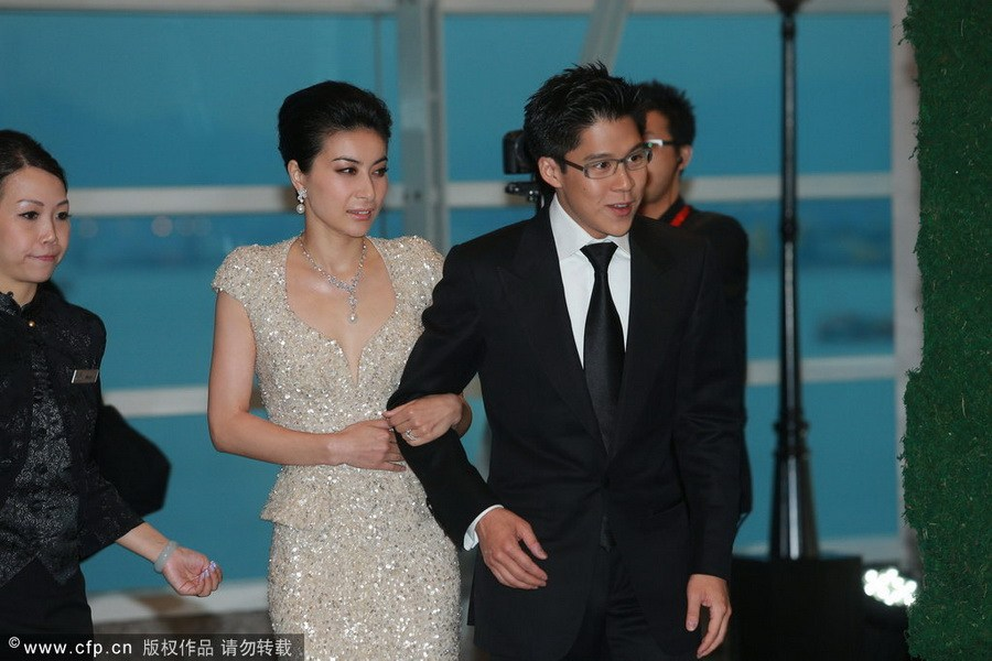 记者采访郭晶晶婚礼见识多: 蒙混 进场大开眼界