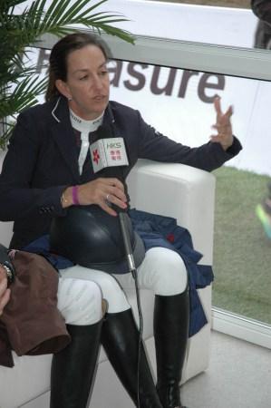 朱美美:我和马爱情有之间为骑马放弃海南国旗美国三亚甘什岭高尔夫球会图片