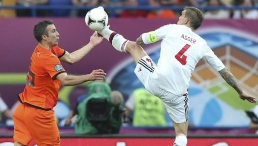 欧洲杯B组:荷兰爆冷0-1负丹麦