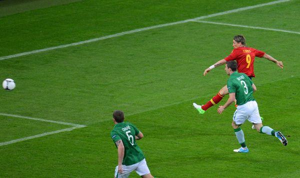 托雷斯梅开二度 西班牙4-0爱尔兰