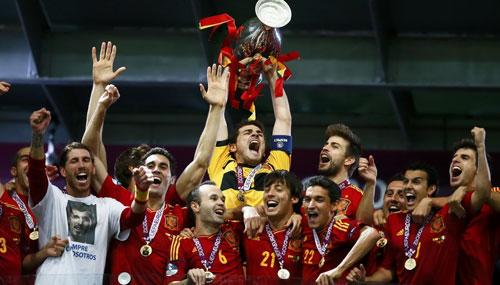 哈维两助攻 西班牙4-0意大利夺冠